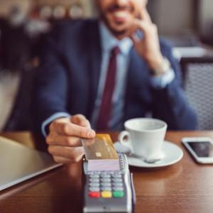 credit-card-machine-terminal-processor-dubai-uae
